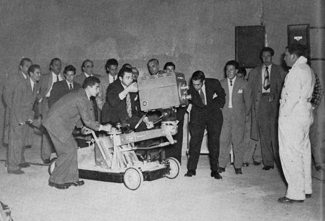 Cameramen train at Columbia College Panamericano in 1955