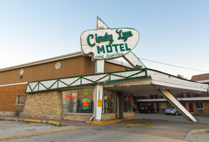 Cookie visits a friend in need at a seedy motel. The crew shot at the Cindy Lyn Motel at 5028 W. Ogden Ave. in Cicero, Illinois