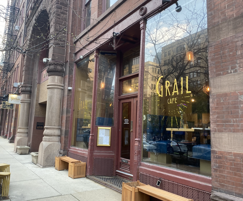 Review: Grail Café
