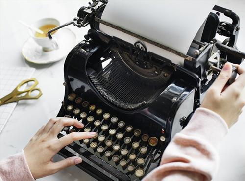 Typewriter and Scissors