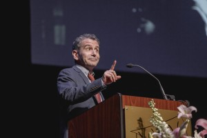 David Cromer